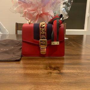 Gucci Sylvie leather mini chain bag Shoulder bag